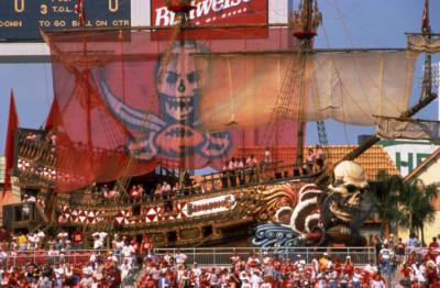 Tampa Bay Buccaneers - Ship & Cove